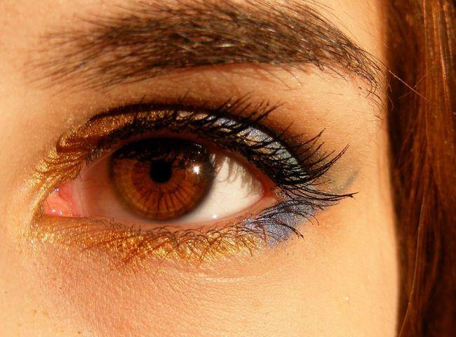 人間の目の画像