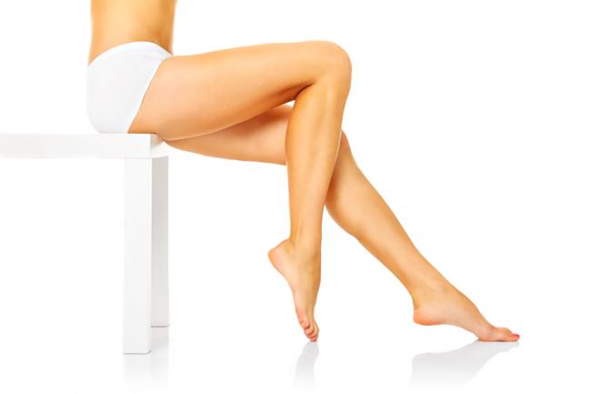 綺麗な脚の女性の写真