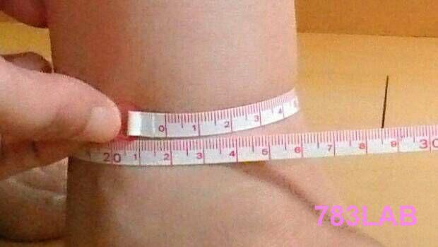 ビキャクイーンを履いて1ヶ月と3週間後の足首周り21.9㎝
